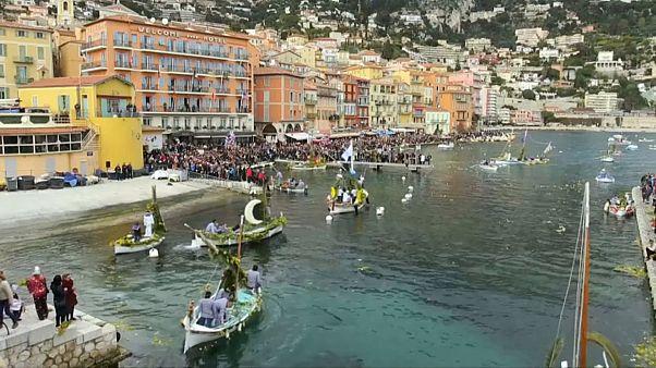 Fransa'nın Akdeniz kıyısında Çiçek Festivali