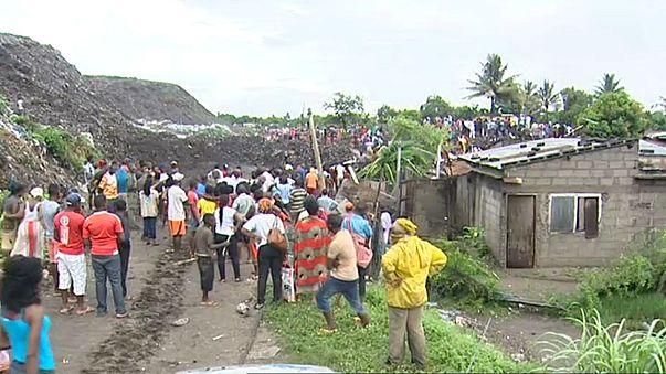 Deslizamento de lixo mata 17 pessoas em Maputo