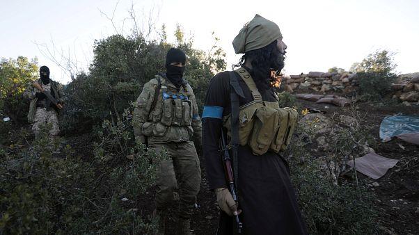 Militantes pró-Assad e exército turco entram em confronto em Afrin