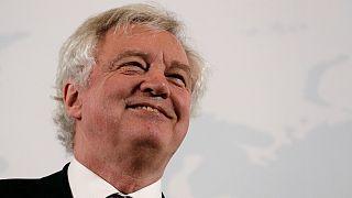 """Davis: """"Reino Unido não mergulhará num mundo estilo 'Mad Max"""" após """"Brexit"""""""