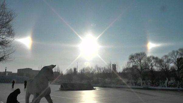 VIDEO: Il fenomeno dei tre soli ricompare nei cieli cinesi