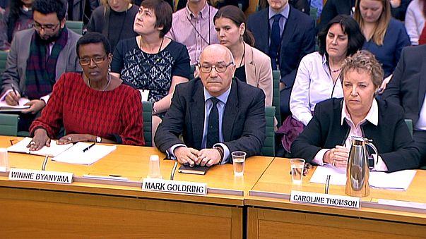Извинения директора Oxfam