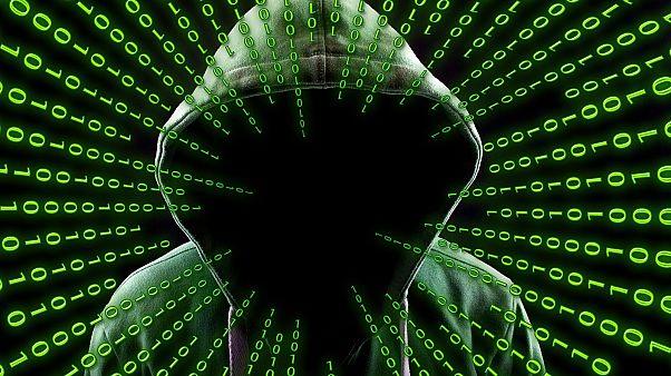 Τεχνητή Νοημοσύνη: Χάκερ, τρομοκρατές και κυβερνήσεις μπορεί να την χρησιμοποιήσουν κακόβουλα