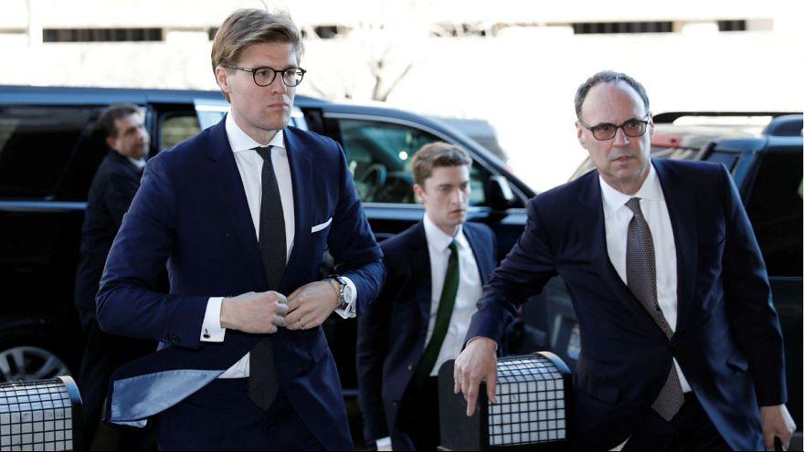 Mueller-vizsgálat: újabb beismerés