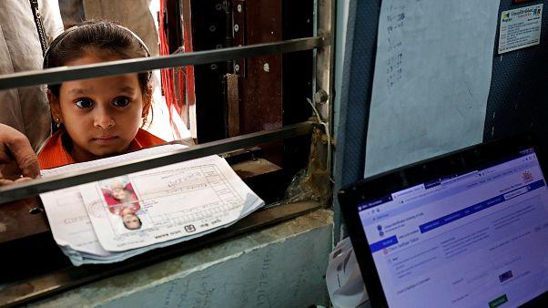 Ινδία: Περισσότερα κοριτσάκια πεθαίνουν λόγω των διακρίσεων που κάνουν οι γονείς