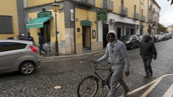 İtalya: Nüfusunun çoğunluğu göçmen olan Castel Volturno'ya güvenlik yatırımı
