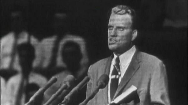 Evanjelist Hristiyan vaiz Billy Graham yaşamını yitirdi