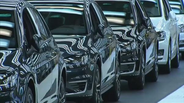 Comissão Europeia multa transportadoras de automóveis em 546 milhões de euros