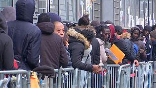 El Gobierno francés presenta su nueva ley de inmigración