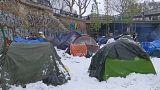 Francia: il governo lancia la stretta sui migranti