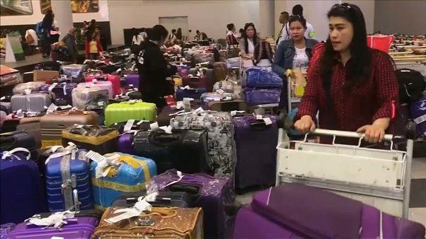 عودة مئات الفلبينيات إلى بلادهن بعد مقتل العاملة المنزلية في الكويت