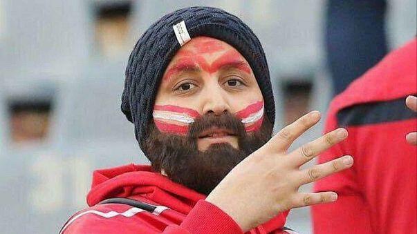 Als Mann verkleidet: Iranerin schaut Fußball im Stadion