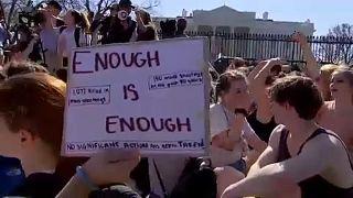 USA: Diáktüntetések a fegyvertartás szigorításáért