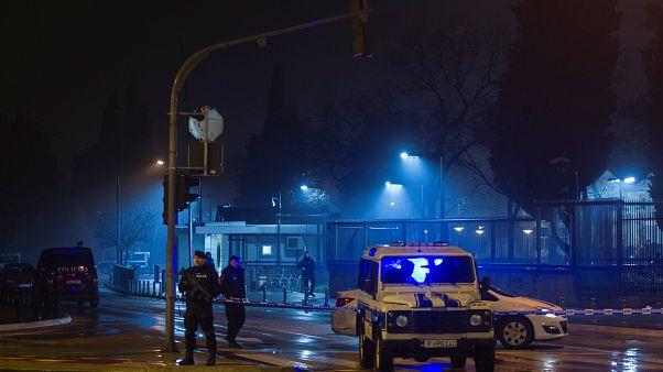Μαυροβούνιο: Επίθεση βομβιστή-καμικάζι έξω από την πρεσβεία των ΗΠΑ