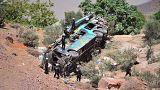 Pérou : un bus plonge dans un ravin