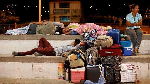 گروهی از ساکنان ونزوئلا که به کلمبیا مهاجرت کرده اند
