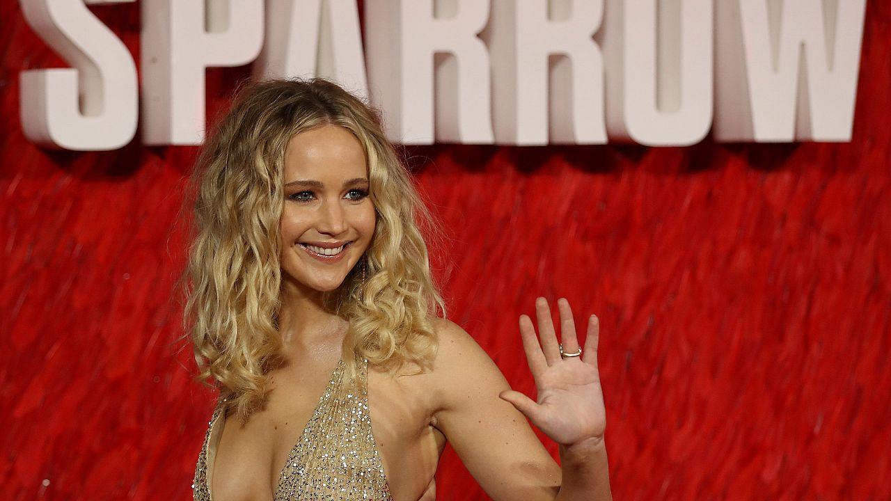 Dekolleté bei 3°? Jennifer Lawrence reagiert wütend auf Shitstorm