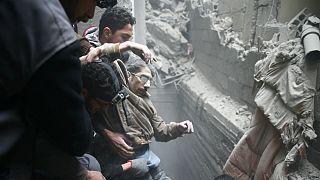 Síria: Hospitais de Ghouta Oriental bombardeados