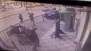 Ägypten: 5-Jähriger stürzt vom Balkon in die Arme der Polizei
