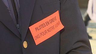 Air France pilots staging 24 hour strike at Charles de Gaulle