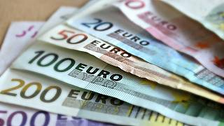 Am Flughafen geklaute 490.000 €: Obdachloser gefunden, Geld weg