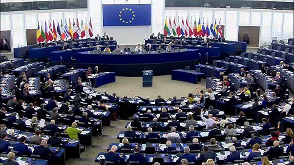 Talking cash and top jobs at EU summit