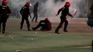 مقتل شرطي إسباني خلال مظاهرات بين مشجعي فريقي سبارتاك موسكو وأتليتيكو بلباو