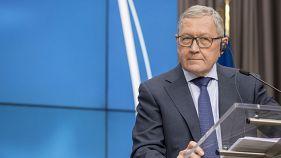 Κ.Ρέγκλινγκ: Εξετάζουμε το αν η Ελλάδα χρειάζεται περαιτέρω ελάφρυνση χρέους