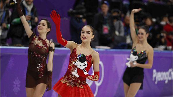 الروسية زاخيطوفا تفوز بالميدالية الذهبية وتصبح رمز التزحلق على الجليد