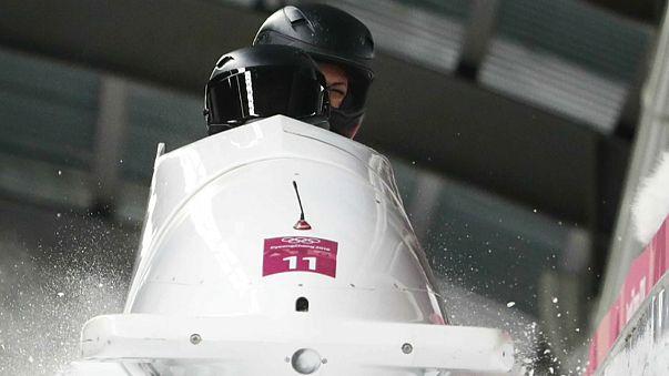 Atleta olímpica russa de bobsleigh acusa positivo em teste antidoping