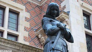 Une Jeanne d'Arc métisse déchaîne la fachosphère