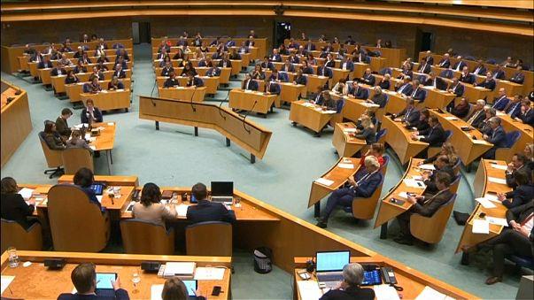 Hollanda Parlamentosundan 1915 kararı