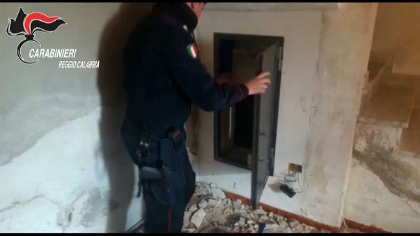 Los carabinieri hallan tres búnqueres de la 'Ndrangueta en Calabria