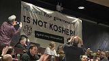 """Austria: la polemica per i """"canti nazisti"""" si avvicina al governo"""