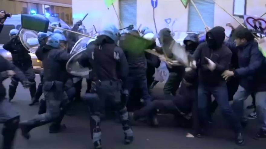 Scontri anche a Pisa: campagna a rischio degenerazione?