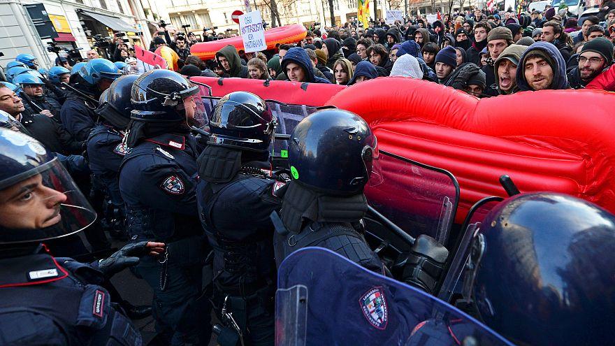 Manifestation anti-fasciste de Milan, samedi 24 février.
