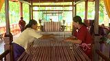 Kambodschaner weben 1000 Meter langen Schal