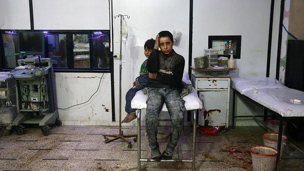 500 halott a kelet-gútai bombázásokban
