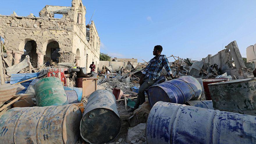 Véres merénylet Szomáliában