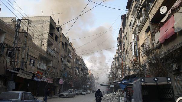 طائرات النظام السوري تستهدف الغوطة مجددا رغم الهدنة الأممية