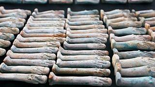 کشف مهم باستانشناسان مصری؛ تابوتهای کاهنان و مجسمههای نگهبان