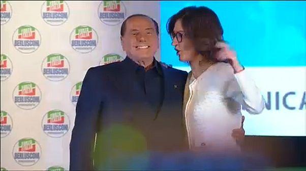 Berlusconi regressa à cena política
