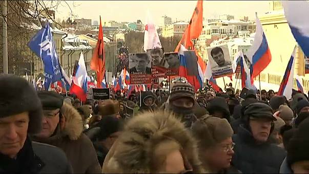 Nemtsov march draws thousands to Moscow