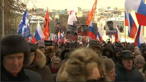 Mosca, marcia per la verità su Nemtsov