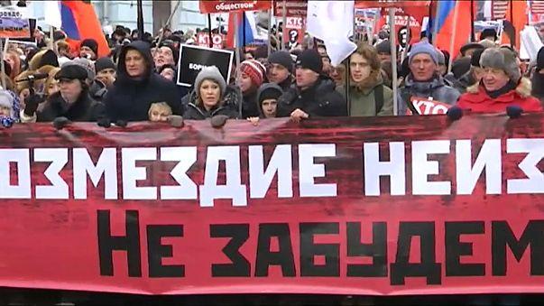 Milhares de pessoas assinalam três anos da morte de Boris Nemtsov