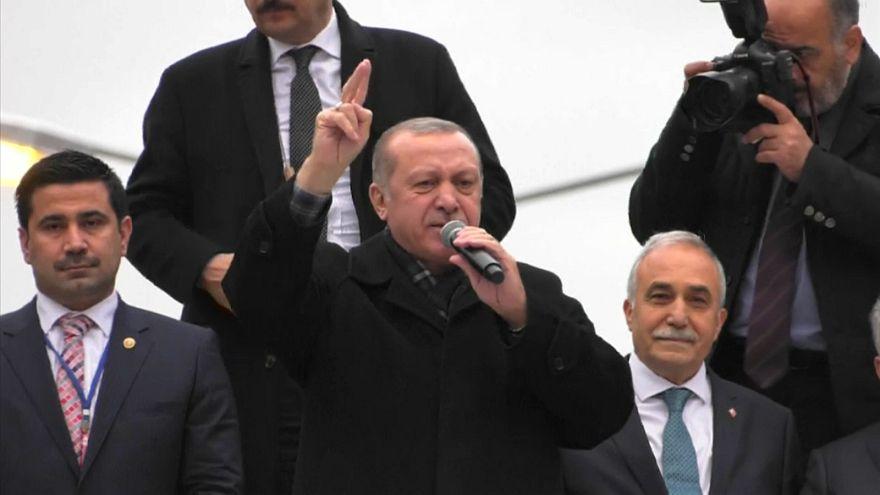 أردوغان: أستغرب من الدعم الدولي لقاتل أكثر من مليون سوري