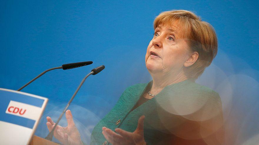Merkel will Kritiker Jens Spahn in möglicher neuer Regierung