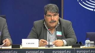 Político curdo da Síria detido em Praga a pedido da Turquia