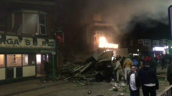 إصابة أربعة أشخاص بجروح جراء انفجار في ليستر