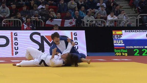 Düsseldorf'daki Judo Grand Prix'sinde Japon sporcular zirvede yer aldı